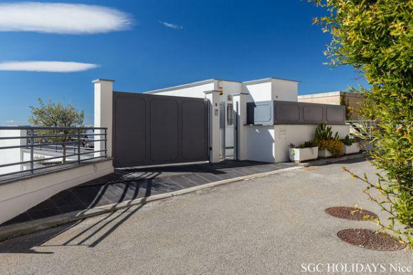 doc5-villa-nice-port-mont-boron-14B64EB7A9-F928-034C-B580-0F3BFA157874.jpg